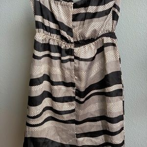 Strapless black and white dress